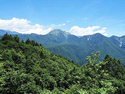 焼岳火山群の景色
