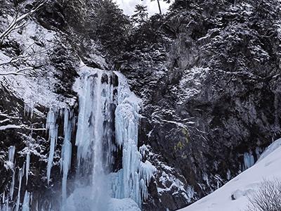 冬の平湯大滝