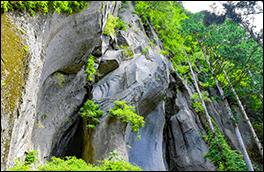 杓子の岩屋の風景