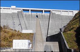丹生川ダムの風景