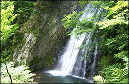 銚子の滝の風景