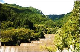 洞谷砂防えん堤群の風景画像